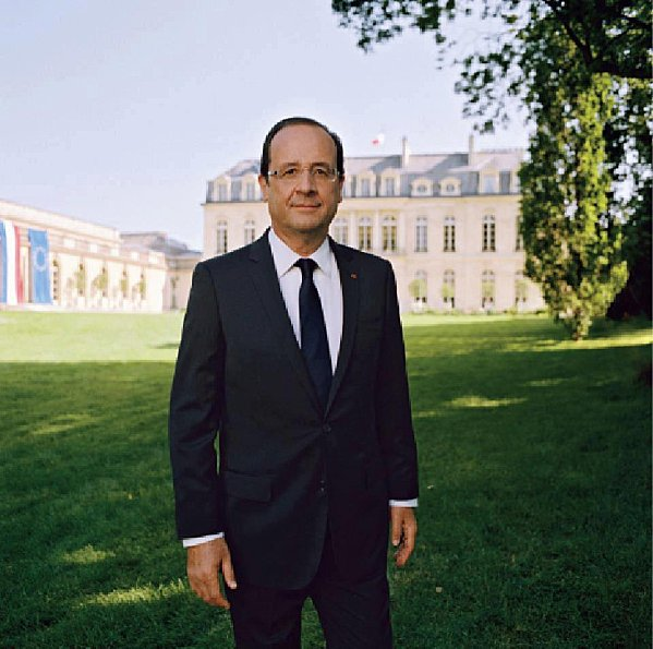 Portrait-officiel-Francois-Hollande