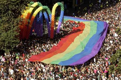 article_gay_pride
